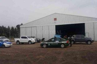 Imputaron a productor rural por robo de agroquímicos - El hecho ocurrió en septiembre del año pasado, en un hangar del Aeroclub de la ciudad de San Justo, destinado a una empresa de fumigaciones aéreas. -