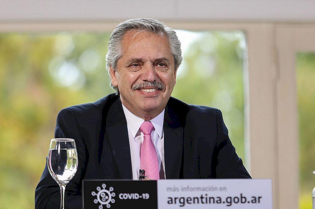 """Alberto Fernández anunció que la vacuna estará lista """"el primer semestre de 2021"""" -  -"""