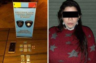 Detienen a mujer que vendía LSD junto a su hijo de dos años