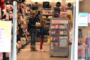 Día del niño: habilitan horario extendido para comercios de la ciudad -  -