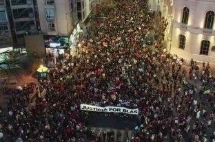Casi 4.000 personas marcharon en silencio pidiendo justicia por el asesinato de Valentino Blas Correas