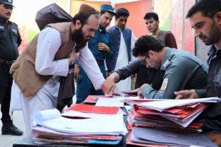 Afganistán comienza a liberar últimos prisioneros talibanes