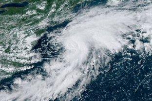 La tormenta Kyle se forma en el Atlántico norte mientras Josephine avanza en el Caribe