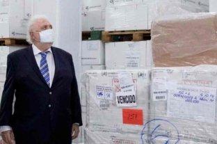 Encuentran más de 12 millones de vacunas vencidas en un frigorífico
