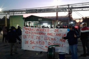 Textiles bloquearon el acceso al  complejo industrial de Vicentin
