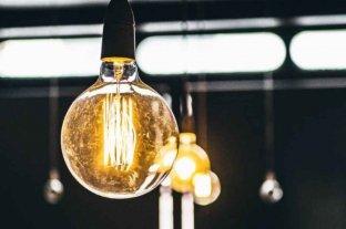 El Gobierno inicia la discusión de una tarifa de transición para el servicio de electricidad