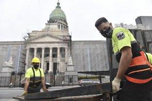 Tras el pedido de Cristina Kirchner, retiran el vallado instalado alrededor del Congreso
