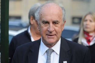 """Parrilli aceptó cambiar la cláusula sobre los medios y dice que se trató de """"un anzuelo"""""""