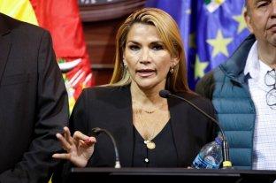 """Jeanine Añez se """"bajó"""" de su candidatura presiencial en Bolivia"""