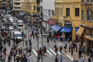Brasil sobrepasó los 135.000 muertos y roza los 4,5 millones de casos de Covid-19
