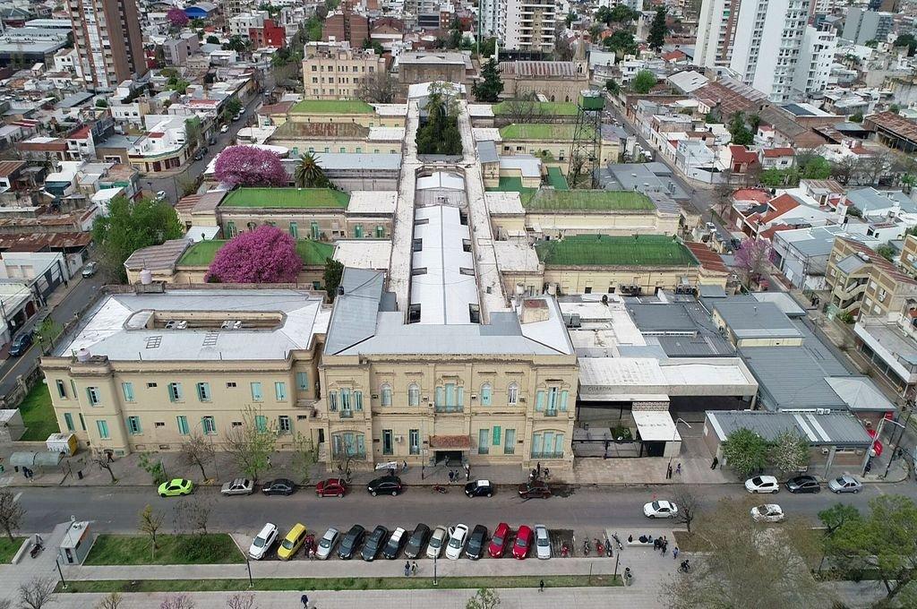 Vista aérea de hospital J. M. Cullen - Ciudad de Santa Fe Crédito: Fernando Nicola
