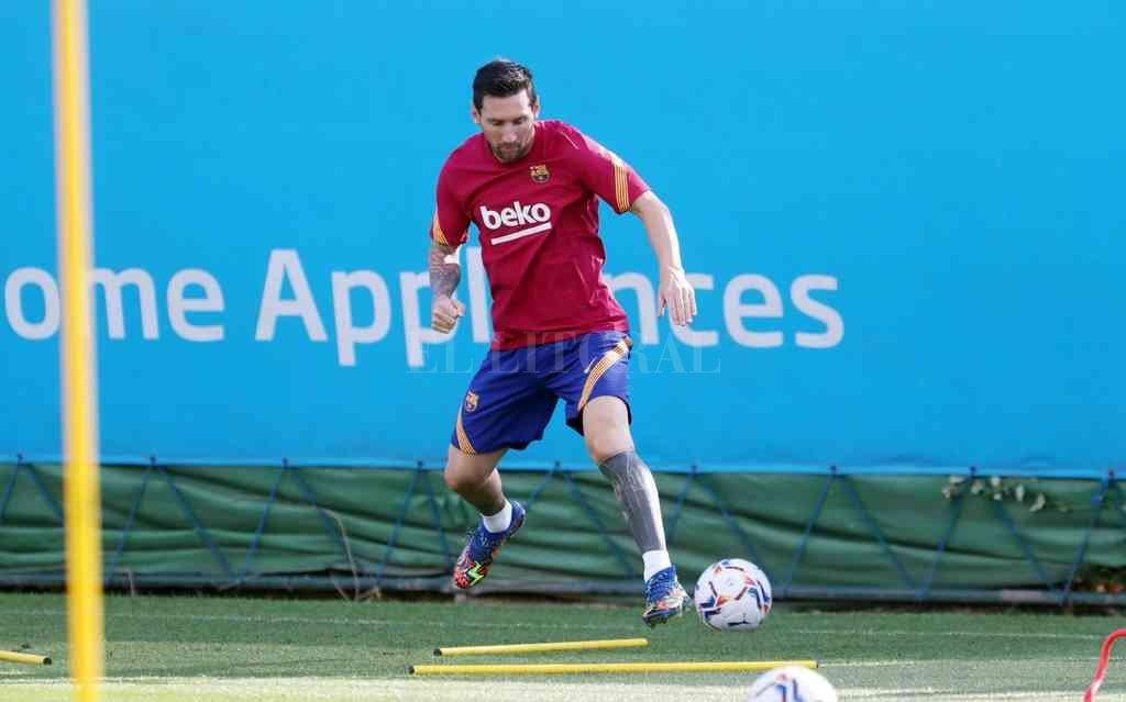 Messi retornó a su casa y volvió a disfrutar de la pelota con la camiseta de su amado club. Crédito: Gentileza Prensa Barcelona FC