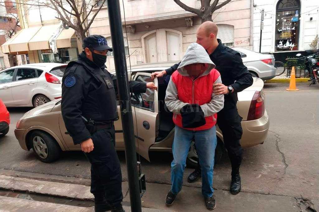 La delegación local de Policía Federal realizó dos allanamientos y detenciones en Santa Fe el jueves pasado. Crédito: Gentileza PFA