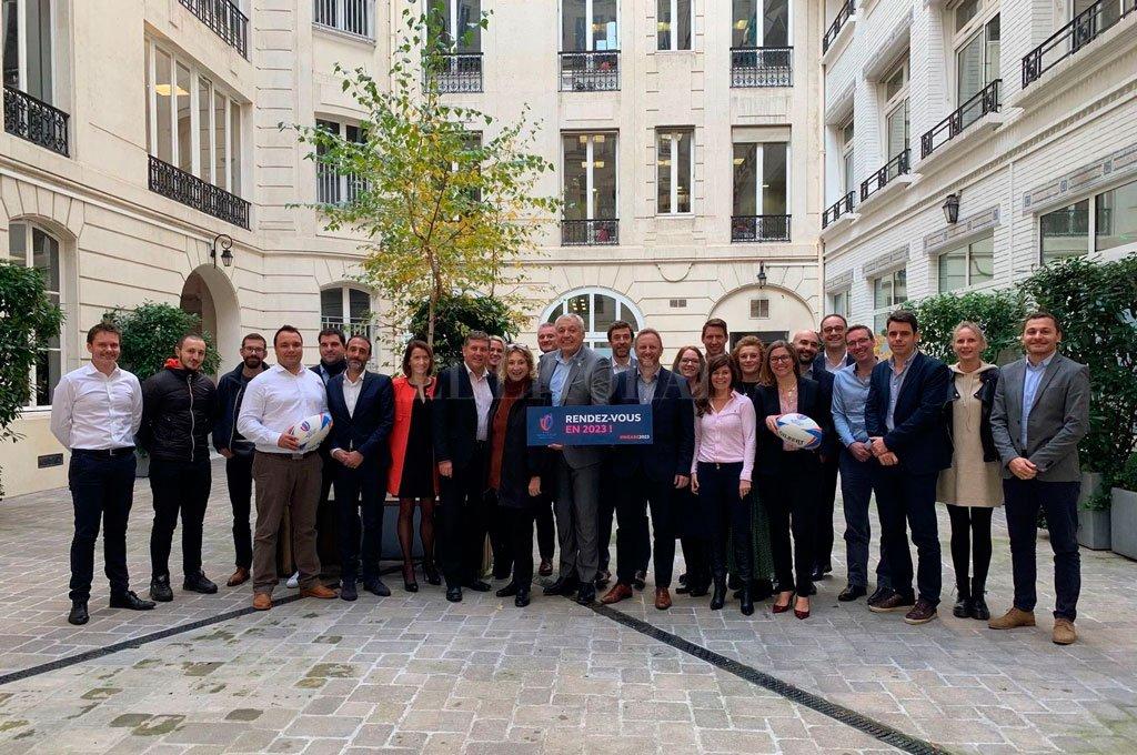 Derrochan optimismo. Miembros del Comité Organizador de la RWC Francia 2023, durante una reunión concretada a comienzos de año en Paris. Crédito: Gentileza WR