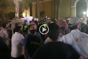 Tucumán: incidentes en una protesta de productores frente a la casa de gobierno