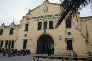 Un preso de Coronda y 50 agentes penitenciarios contrajeron Covid