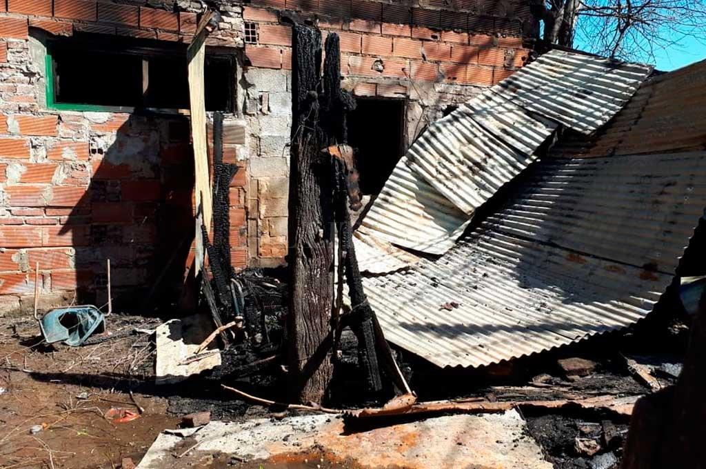 Tras la seguidilla de atentados los ocupantes de la vivienda debieron abandonar el lugar. Crédito: El Litoral