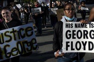 Los cuatro policías involucrados en el asesinato de Floyd quieren ser juzgados por separado