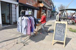 """Los comercios esperan la """"letra chica"""" del decreto"""