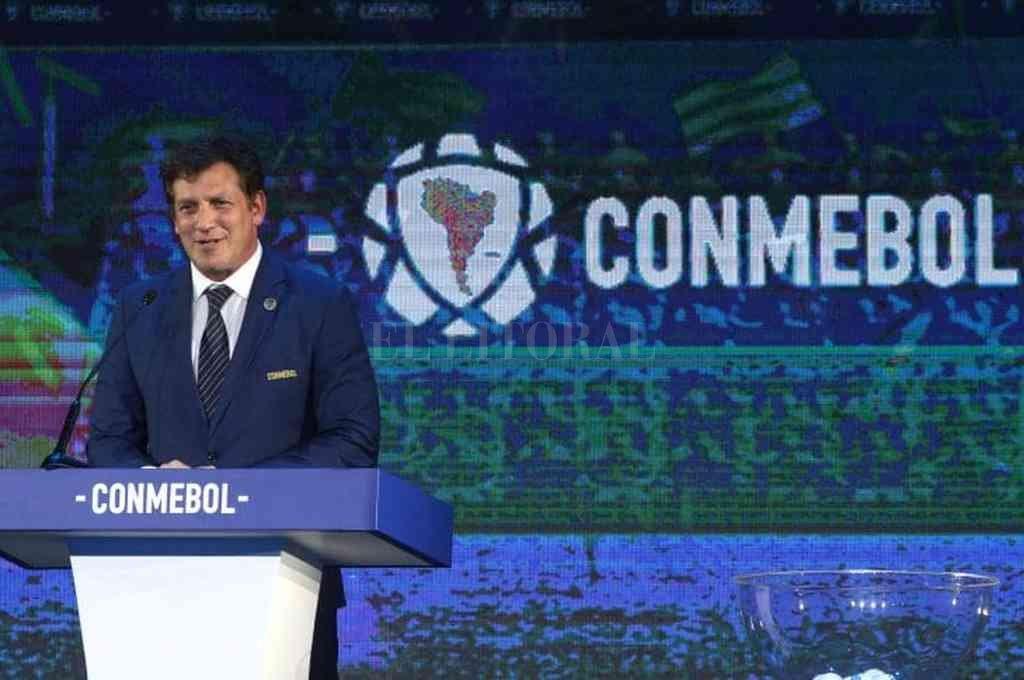 Alejandro Domínguez delegó en el voto de cada uno de los países miembros la determinación de la fecha de juego de las Eliminatorias. Crédito: Archivo