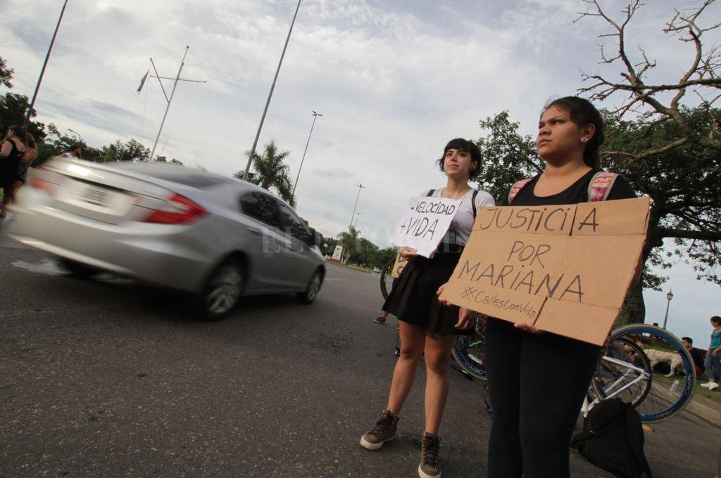 El 16 de diciembre de 2018, por la mañana, Mucchiutti chocó con su camioneta a una mujer que circulaba por la bicisenda de la costanera y escapó.  Crédito: Pablo Aguirre - Archivo El Litoral