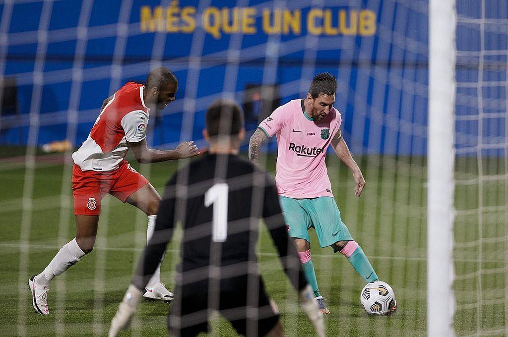 Barcelona vence al Girona con un tremendo doblete de Lionel Messi