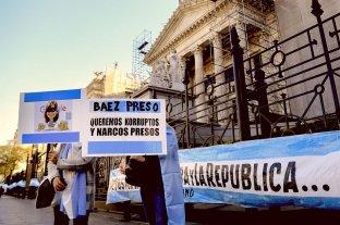 El Senado aprobó el desplazamiento de tres jueces que investigan a Cristina Kirchner