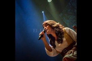 """Patricia Gómez Grupo presenta """"Sueño marrón"""" - Gómez tuvo una gran actividad durante el aislamiento, participando de conciertos online y colaboraciones discográficas y audiovisuales. -"""