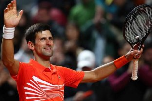 El serbio Djokovic avanza a cuartos de final en Roma