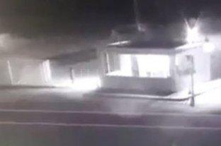 Rosario: una adolescente huyó de su casa y un motocilista que se ofreció a ayudarla abusó de ella