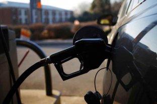 YPF aumenta 3,5% en promedio el precio de los combustibles   -  -