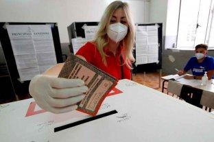 Italia votaba para reducir la cantidad de legisladores