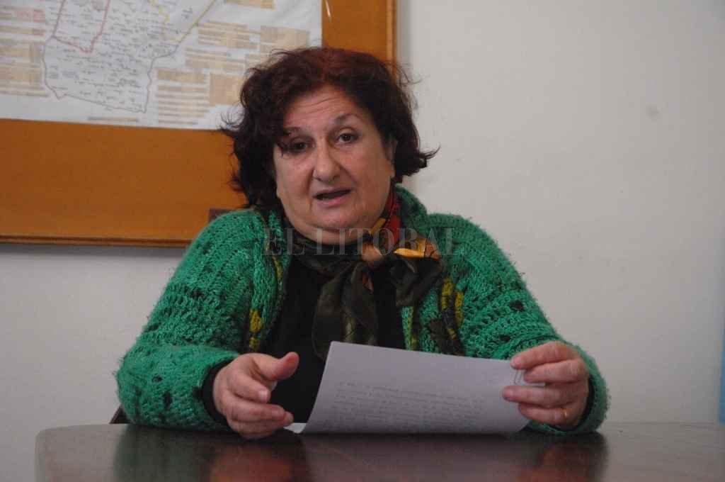 """Del pánico a la """"relajación"""": cómo procesar lo inesperado   - Mónica Niel, presidenta del Colegio de Psicólogos de Santa Fe.   -"""