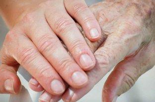 ¿Cómo afecta la cuarentena a las personas con Alzheimer?   - Son muy importantes los estímulos saludables para el paciente, como charlas amenas sobre diversos temas hasta estimulación cognitiva con distintas actividades. -