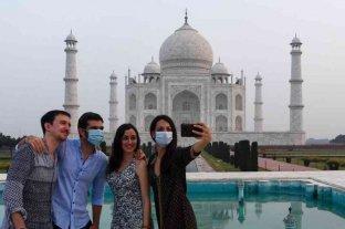India abre el Taj Mahal a pesar de que el coronavirus sigue sin control