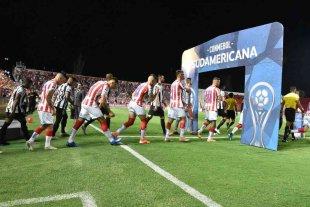Unión juega de local y define afuera en la Sudamericana - Acá pero sin gente. El Tate saliendo al 15 de Abril contra Mineiro, en el inicio de la Copa Sudamericana. Ahora, por 16avos., jugará de local el 28 de octubre y la revancha afuera el 4 de noviembre.
