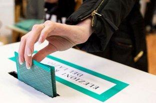 Con alta participación y el 70% a favor, los italianos aprobaron la reducción de un tercio del Parlamento