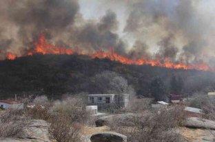 Córdoba: entregaron subsidios para la reconstrucción de viviendas incendiadas