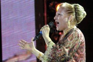 Los artistas musicales despiden a Ramona Galarza