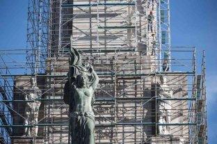 Historia de un fracaso: las obras inconclusas en el monumento a la bandera superaron los 1.200 días -  -
