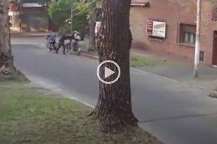 Violento asalto para robarle una bicicleta a una chica en Rosario
