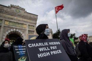 """Francia: la prensa se une tras nuevas amenazas a """"Charlie Hebdo"""""""