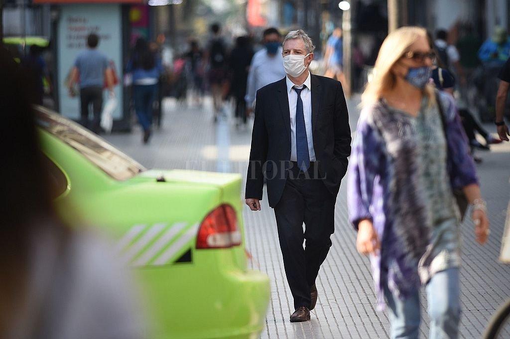 La provincia de Santa Fe superó los 30.000 casos de coronavirus -  -