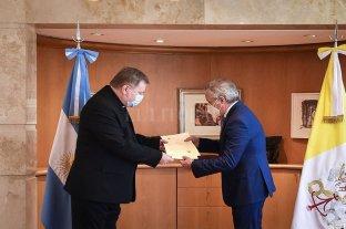 Felipe Solá recibió al nuevo Nuncio Apostólico en la Argentina