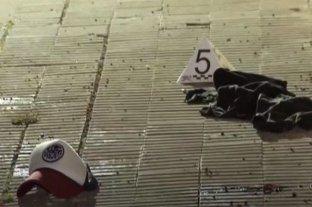 Balearon a dos hombres en la puerta de una compraventa de autos en Rosario -  -