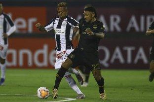 Racing derrotó a Alianza Lima en Perú y quedó a un paso de los octavos de final -  -