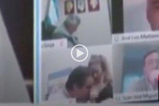 Escándalo en el Congreso: diputado protagonizó una escena sexual en pleno debate virtual -  -