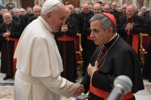 """Francisco acepta la renuncia uno de los """"ministros"""" del Vaticano por un supuesto caso de corrupción"""