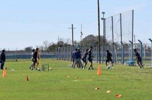 Atlético de Rafaela entrena mientras espera definiciones