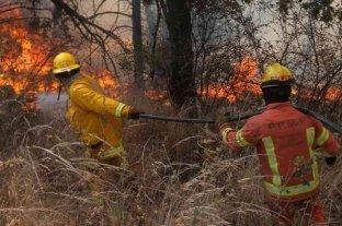 Córdoba: sigue activo un foco de incendio en el Valle de Punilla